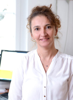Frau Nürhayat Ayhan